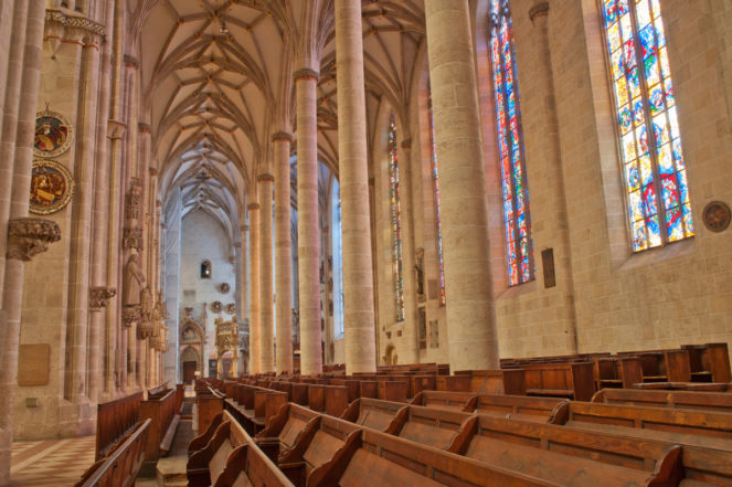 Внутри Ульмского собора