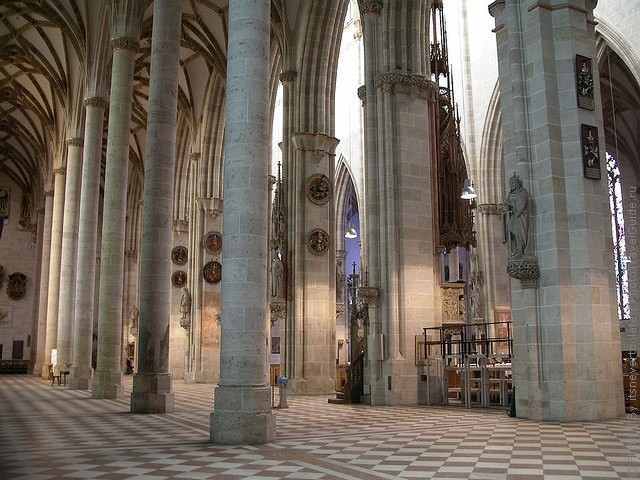Интерьер Ульмского собора