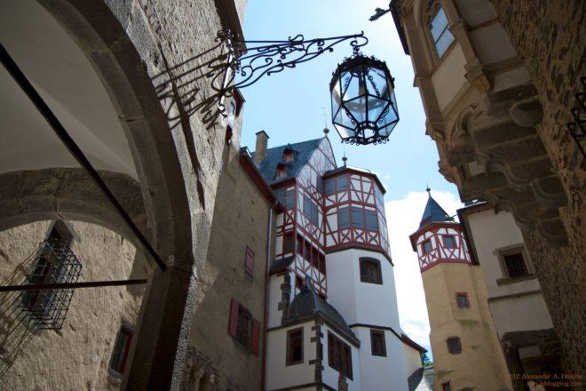 Прекрасный замок Эльц