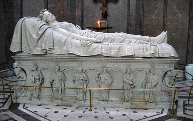 Останки Святой Елизаветы в Висбадене