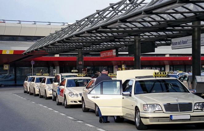 Стоянка такси в Германии