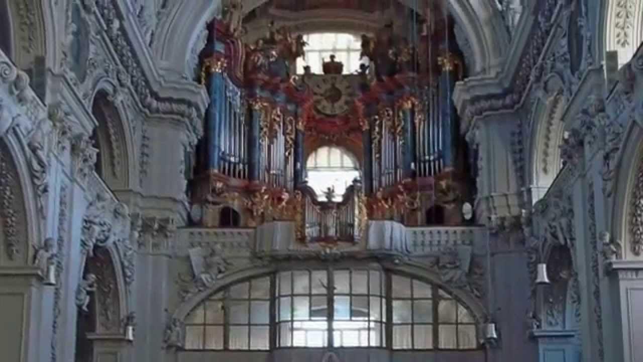 Храм Святого Бенно
