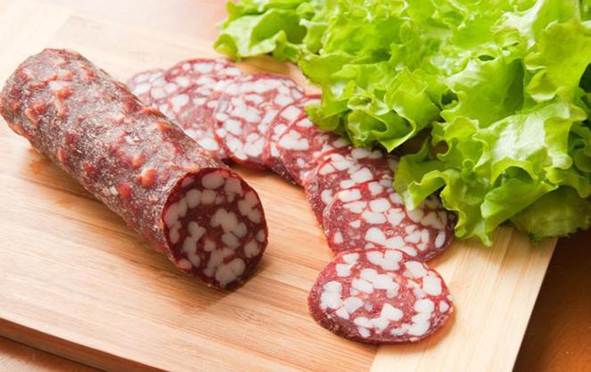 Брауншвейгская колбаса украшение праздничного стола