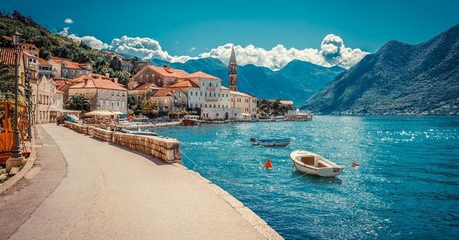 Море и горы в Черногории