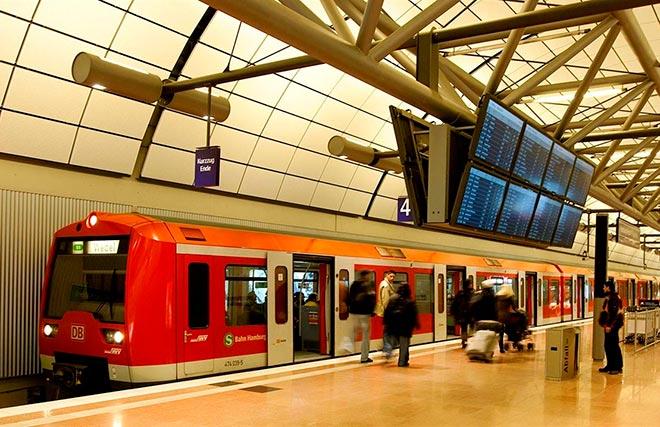 Поезд из Гамбурга в аэропорт