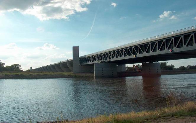Шлюзы магдебургского моста