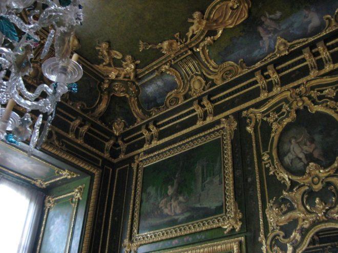 Экспозиции во дворце