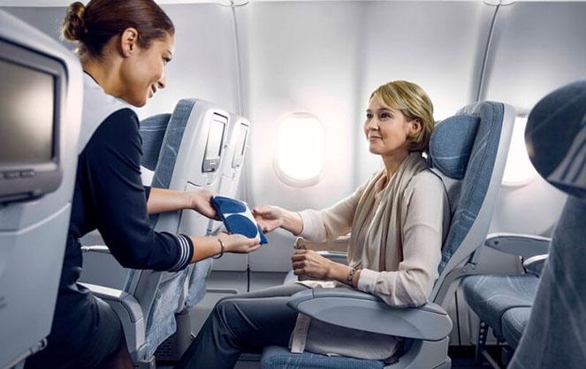 Обслуживание на борту самолета