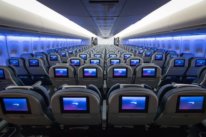 Салон самолета British Airways