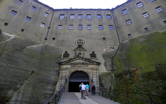 Вход в крепости Кенигштайн