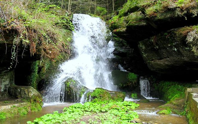 Лихтенхайнский водопад