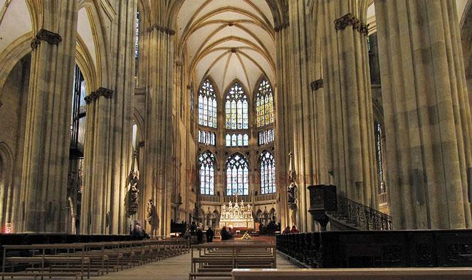 Регенбургский собор внутри
