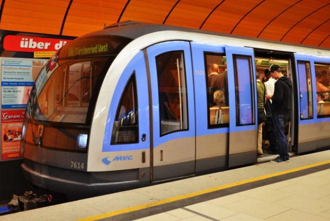 Поезда немецкого метрополитена
