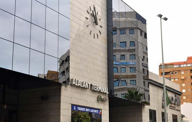 Вокзал Valencia Estació del Nord
