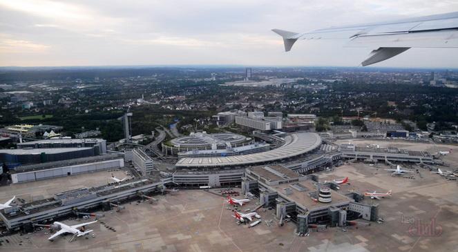 Международный аэропорт Дюссельдорфа сверху