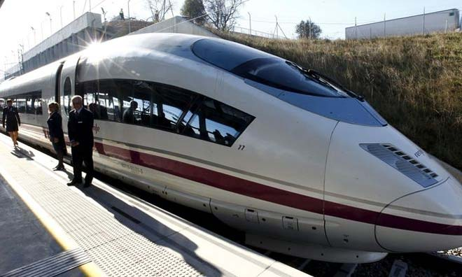 Поезд испанских ж/д