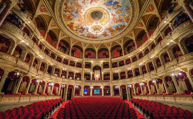 Баварская государственная опера внутри