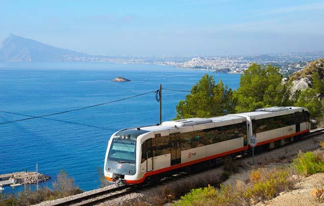 Трамвай из Бенидорма в Валенсию
