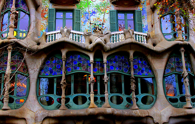 Дома в Барселоне по проекту Гауди