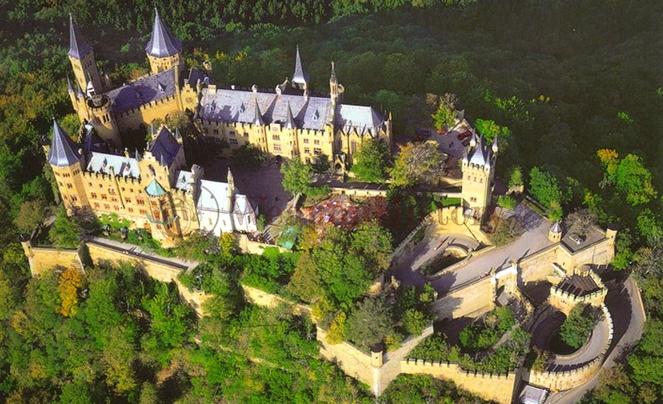 Замок Гогенцоллерн сверху