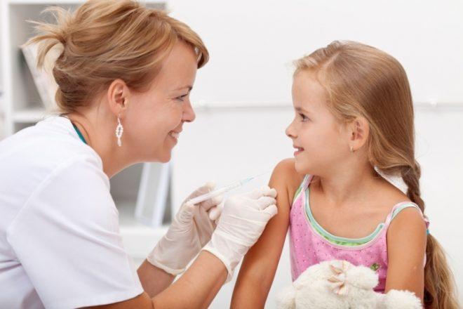 Вакцинация детей в Испании