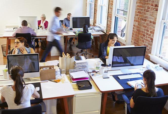 Работа в офисе в Чехии