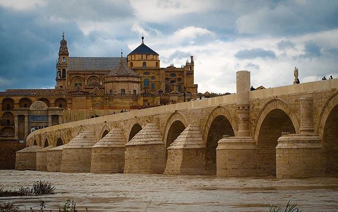 Древнеримский стиль в испанской архитектуре