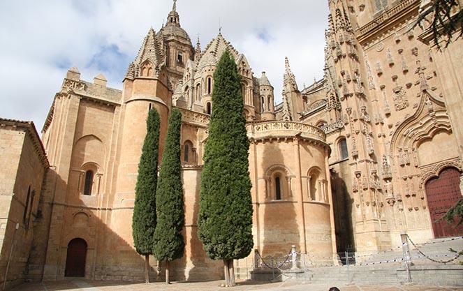 Романский стиль в архитектуре Испании