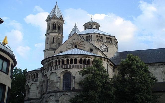 Церковь апостолов в Кельне