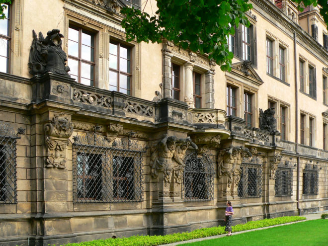 Дрезденский замок-резиденция в Германии
