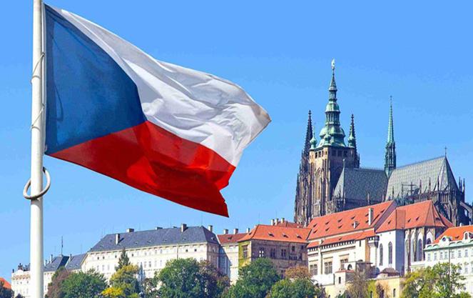 Рабочая виза в Чехию: как трудоустроиться в Европе в  2019  году