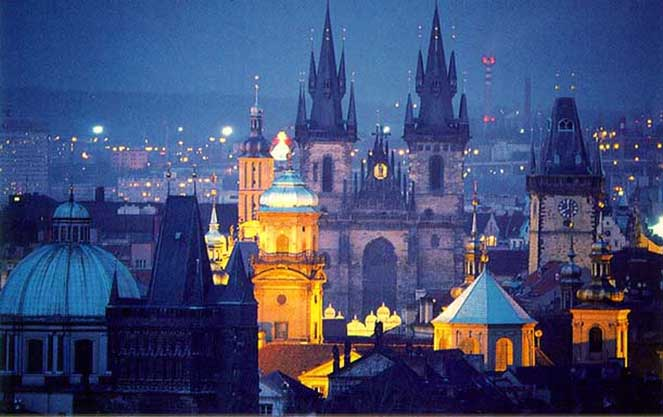 Работа в Праге: вакансии, зарплаты, проживание