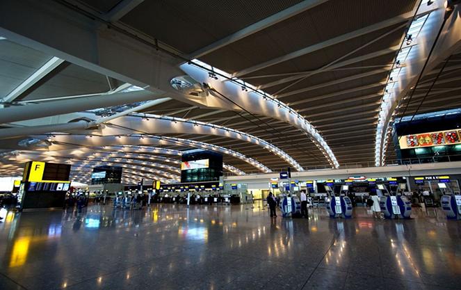 Терминал в севильском аэропорте