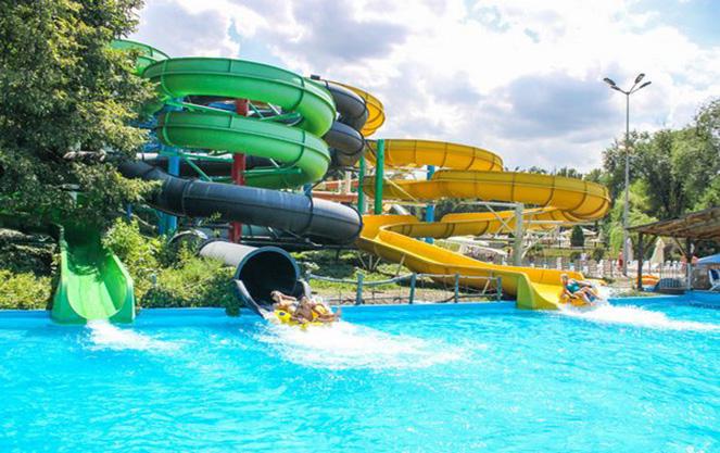Водные развлечения и аквапарк в терме баня