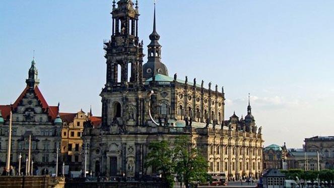 Церковь трех волхвов в Дрездене