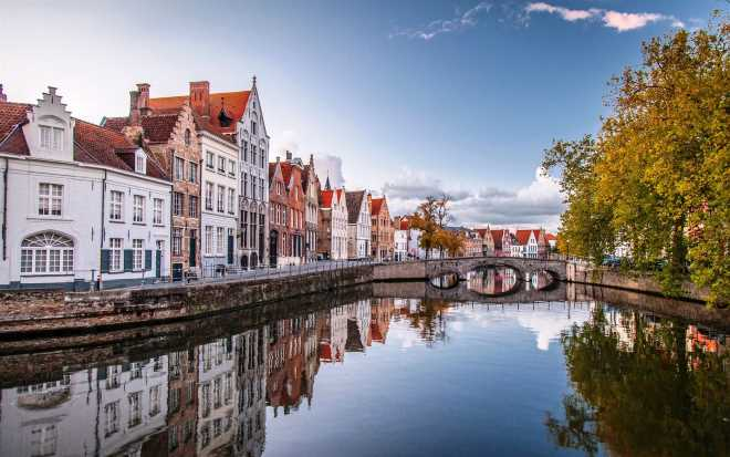 Осеннее путешествие из Москвы по Европе: Будапешт-Брюссель-Кельн