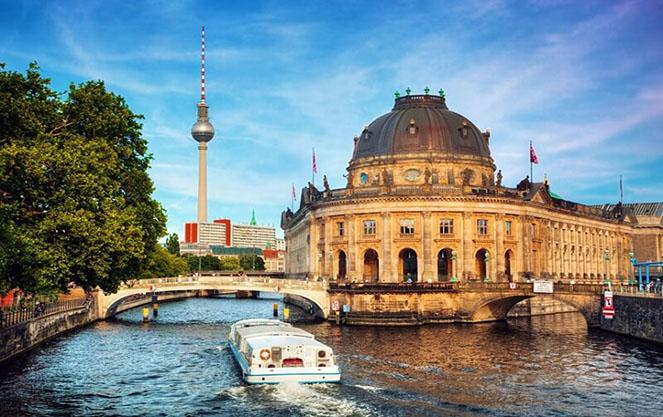 Остров музеев в центре берлина