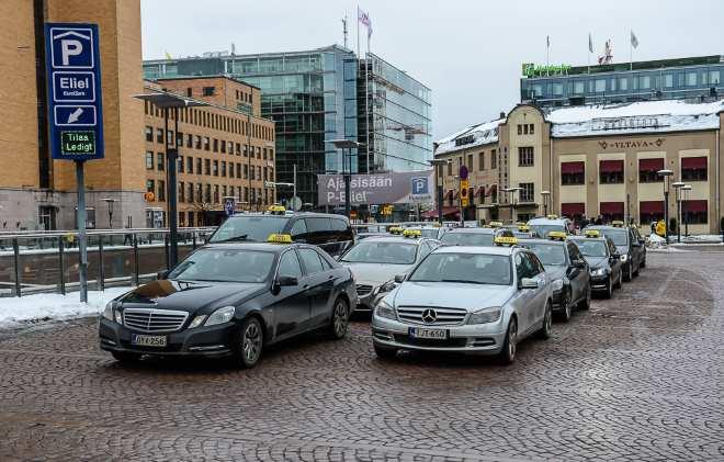Такси Хельсинки