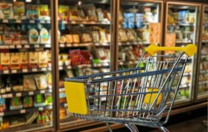 Стоимость продуктов питания в магазинах и супермаркетах Франции
