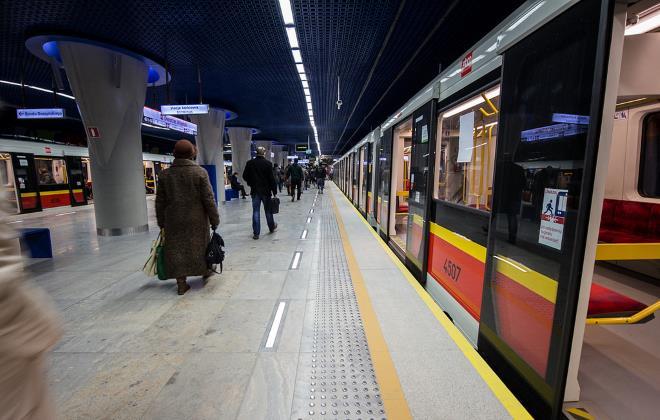 Подвижной состав варшавского метро