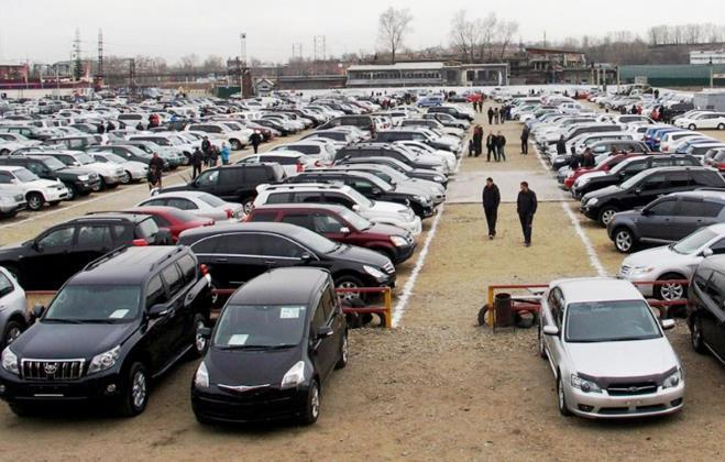 автобазар в Латвии