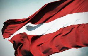 минимальная зарплата в Латвии