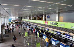 паспортный контроль в аэропорту Риги