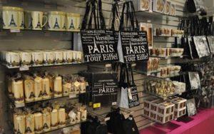 что купить в Париже туристу