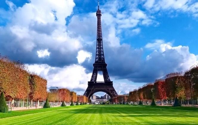 Что российским туристам стоит привезти с собой из Франции