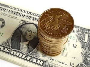 чем отличается канадский доллар от американского