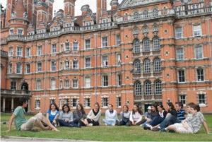 сколько университетов в Лондоне