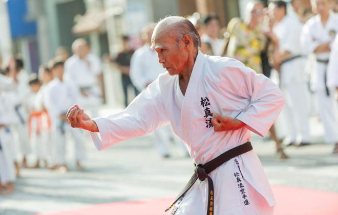 средняя продолжительность жизни в Японии