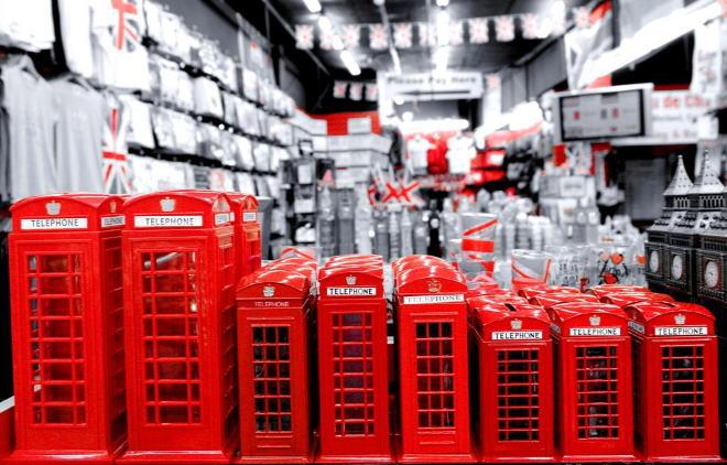 Что привезти из Англии: сувениры, магазины, особенности