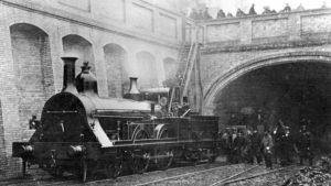 Первое в мире метро